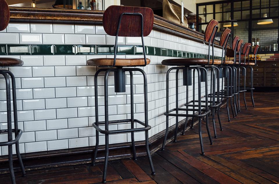 Où acheter un tabouret de bar dans le Var ?