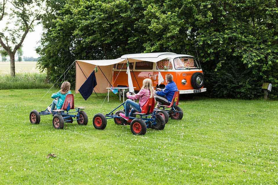 Vacances en camping dans le Var ou près de l'ile de Porquerolles